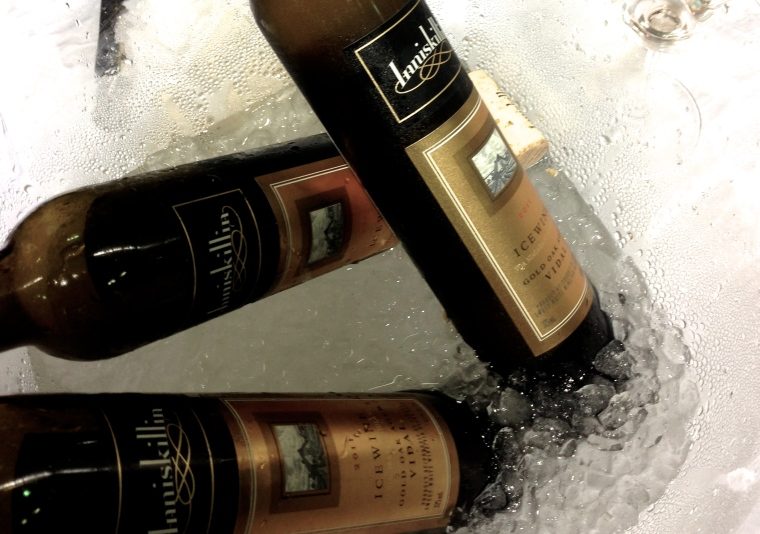 Of course, the party would not miss out the Canadian ice wine for the degustation